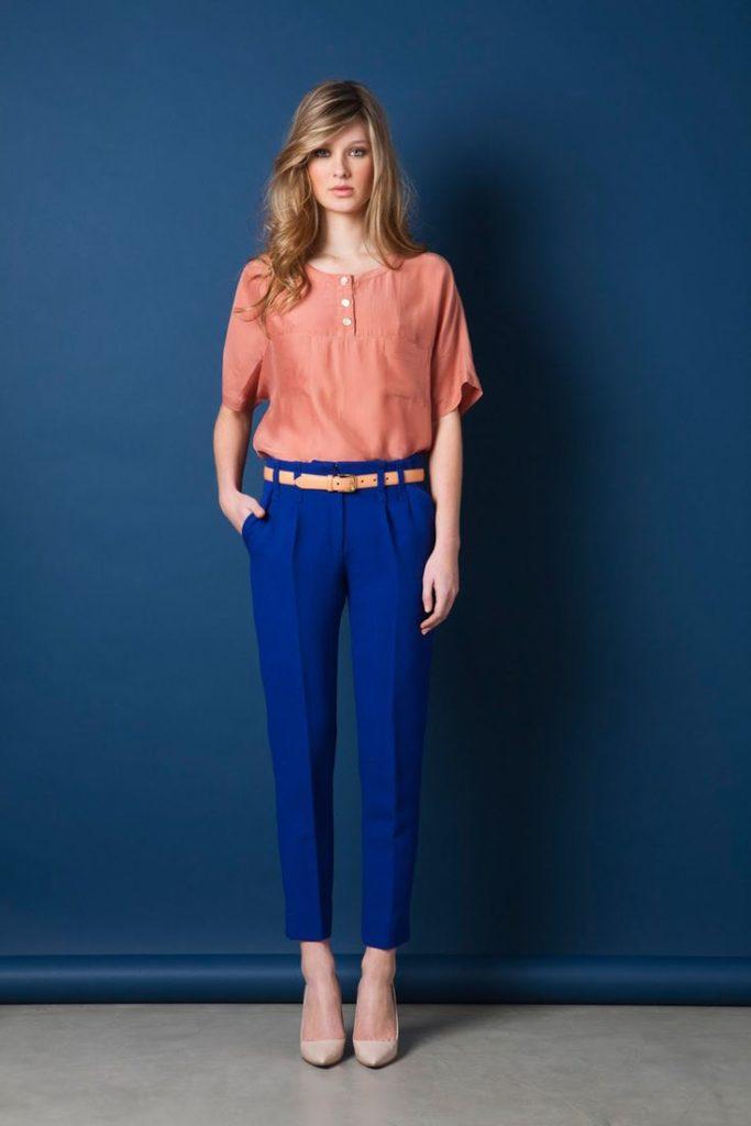 чиносы синие под блузк