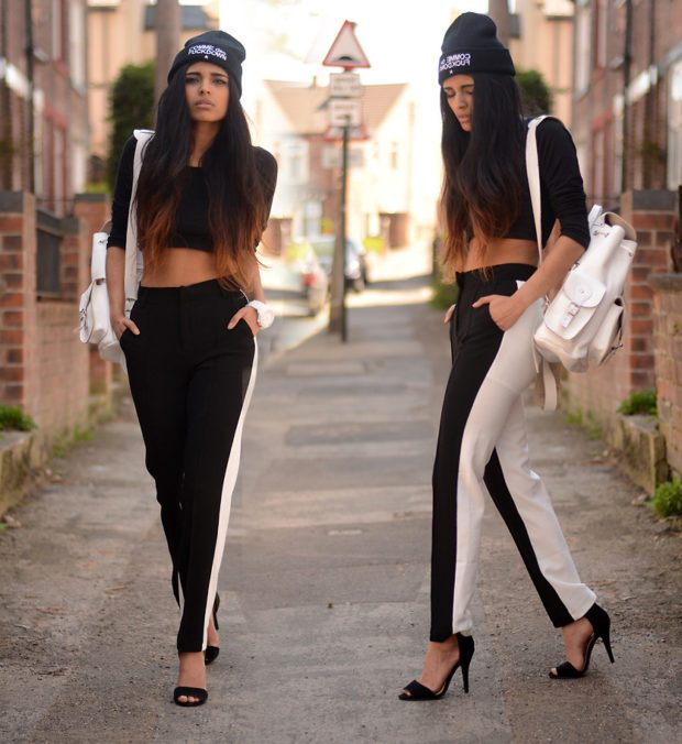 с чем носить штаны с завышенной талией: черно-белые с футболкой