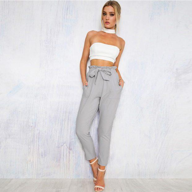 брюки с завышенной талией серые с топом