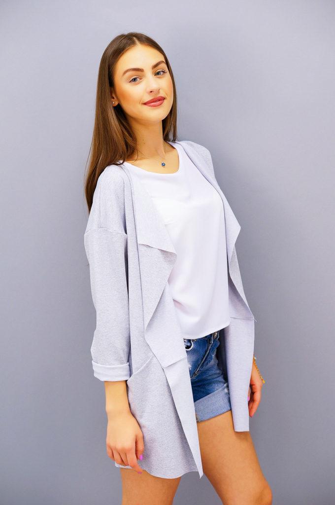 модные кардиганы 2022: серый без застежки