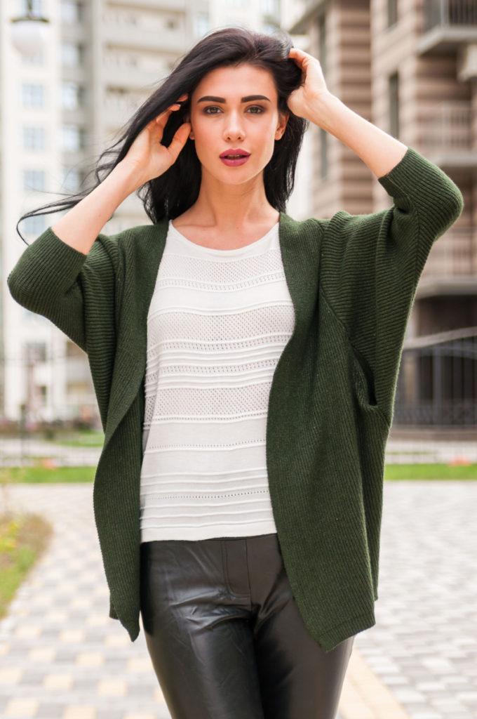 модные женские кардиганы: летучая мышь зеленый без застежки