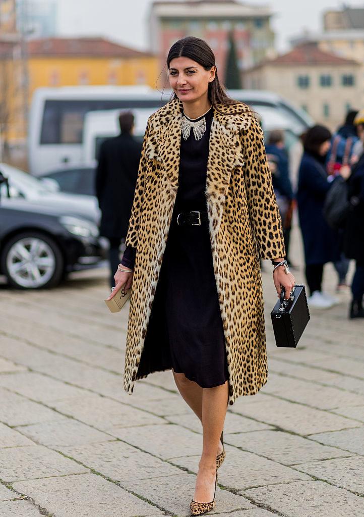 модные принты осень зима 2019-2020: леопардовый пальто миди