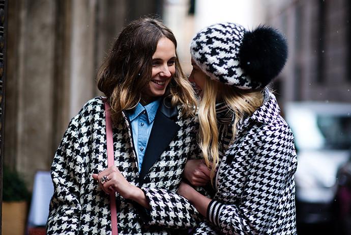 гусиный принт пальто пальто и шапка