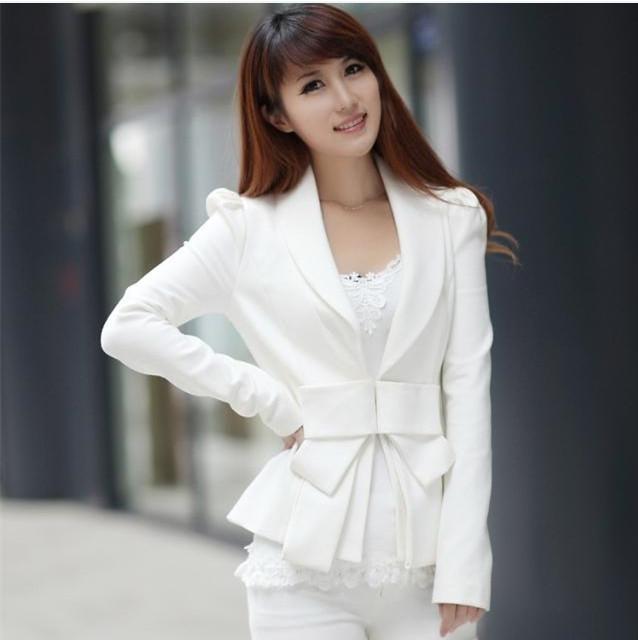 пиджак белый с поясом