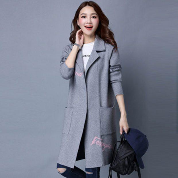 женский пиджак: длинный серый