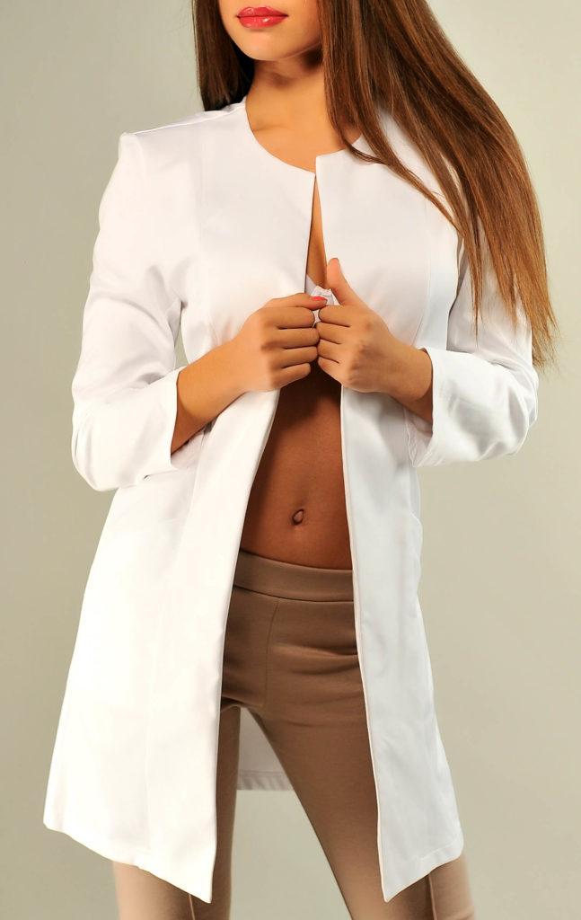 женский пиджак: длинный белый без застежки