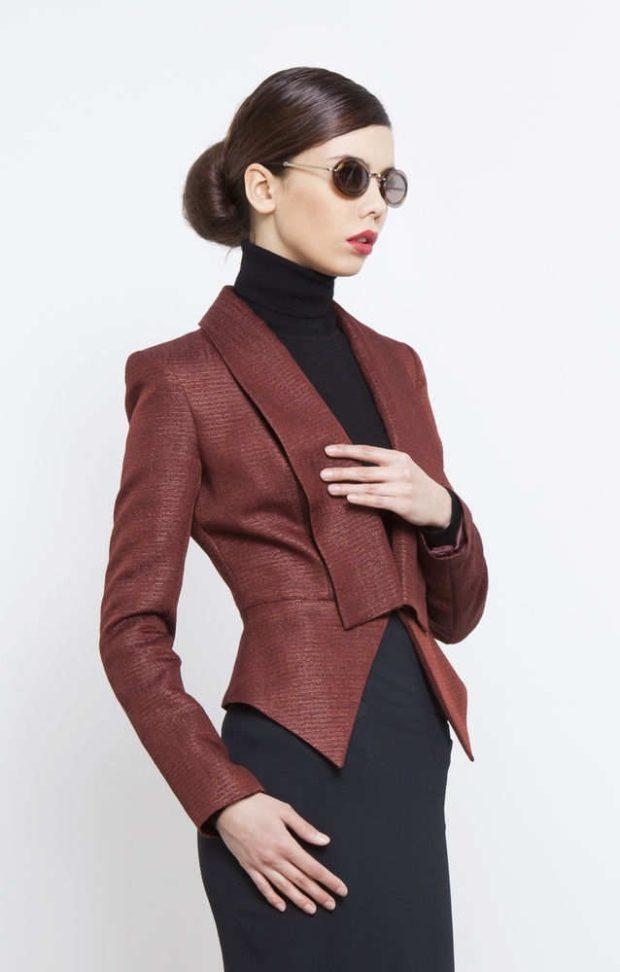 женские пиджаки 2018-2019: коричневый приталенный