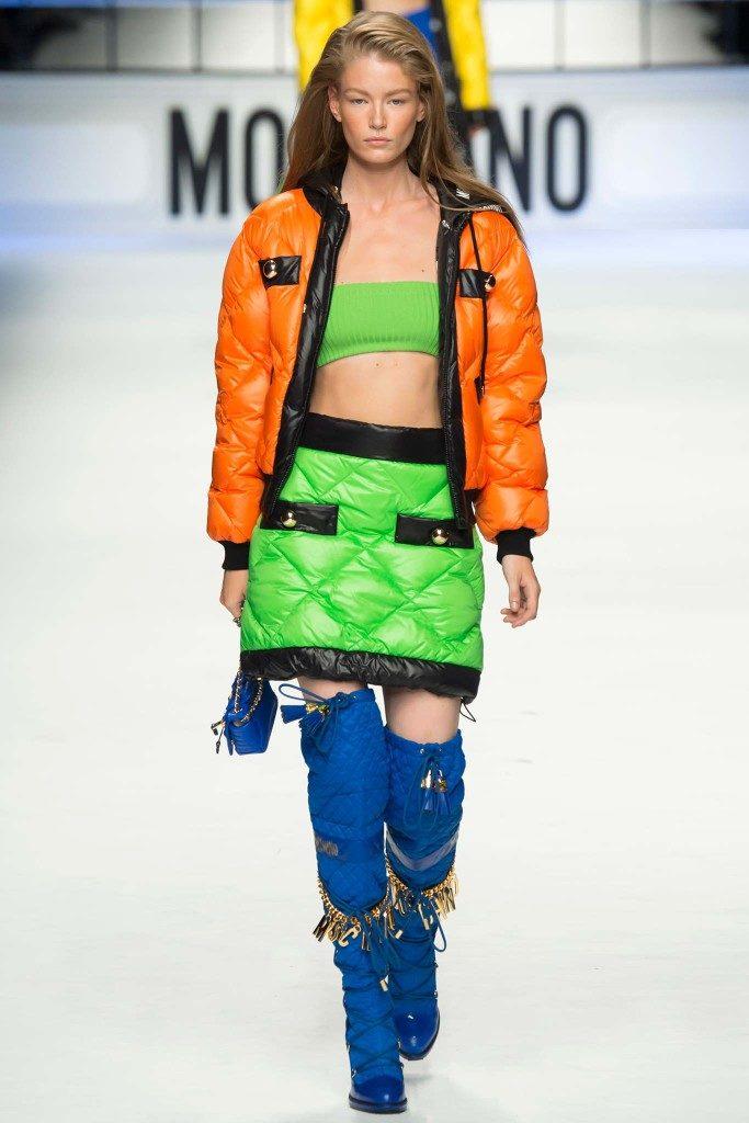 женские зимние пуховики 2022: оранжевый