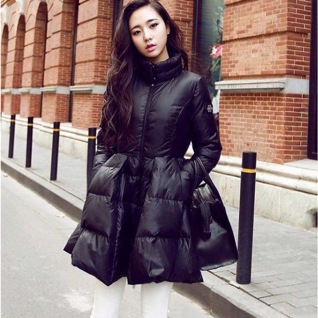 модные пуховики: платье черный с воротником