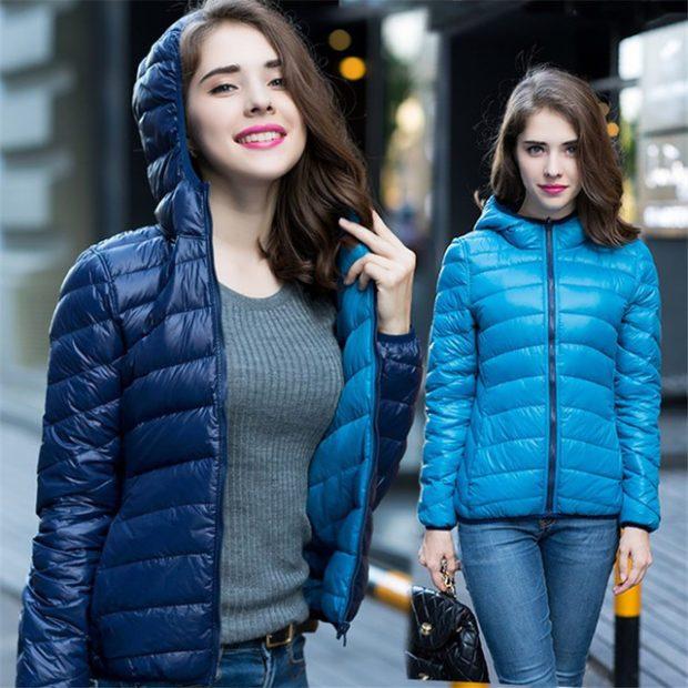женские пуховики осень-зима 2018-2019: короткий синий и голубой