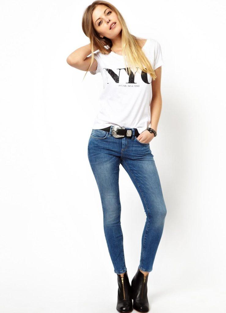 джинсы под футболку