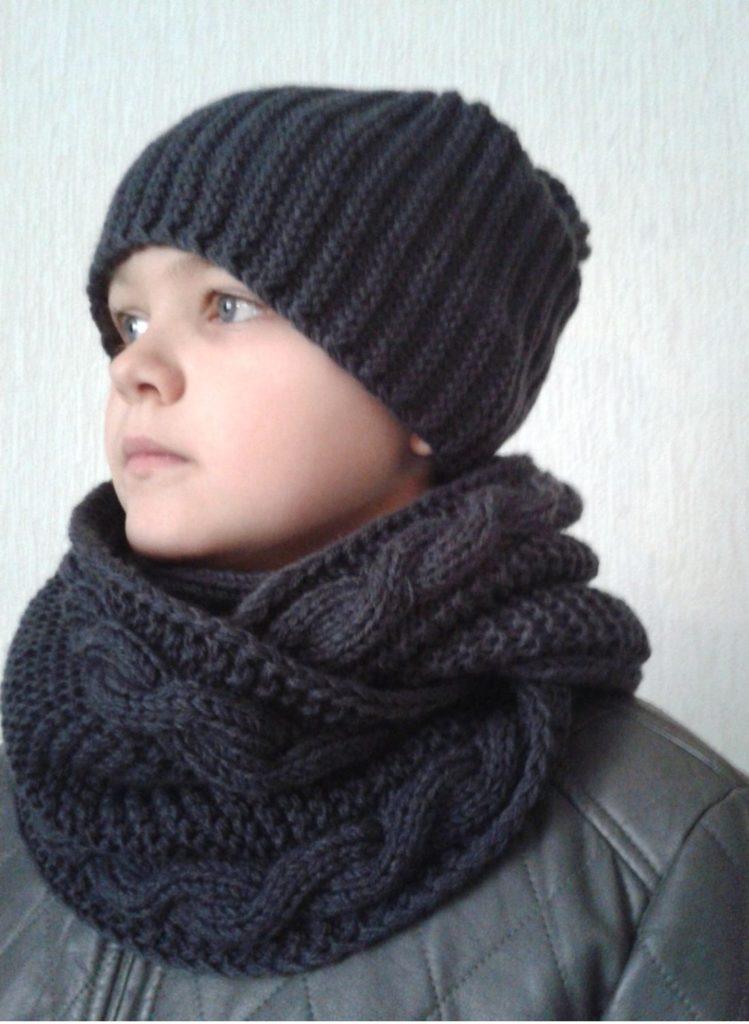 серая шапка серый шарф