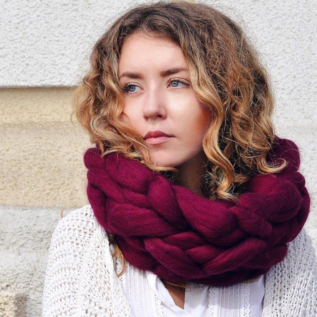 шапка осень-зима: крупная вязка шарф бордовый
