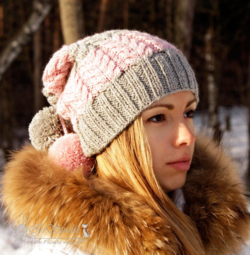 шапка с бубоном серая с розовым