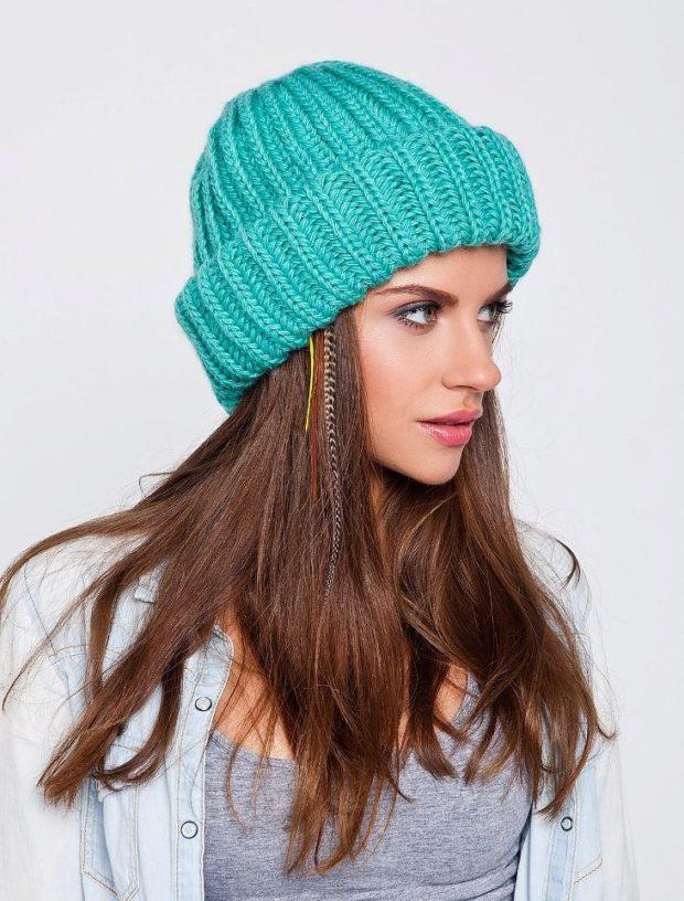 шапки осень-зима: с отворотом бирюзовая