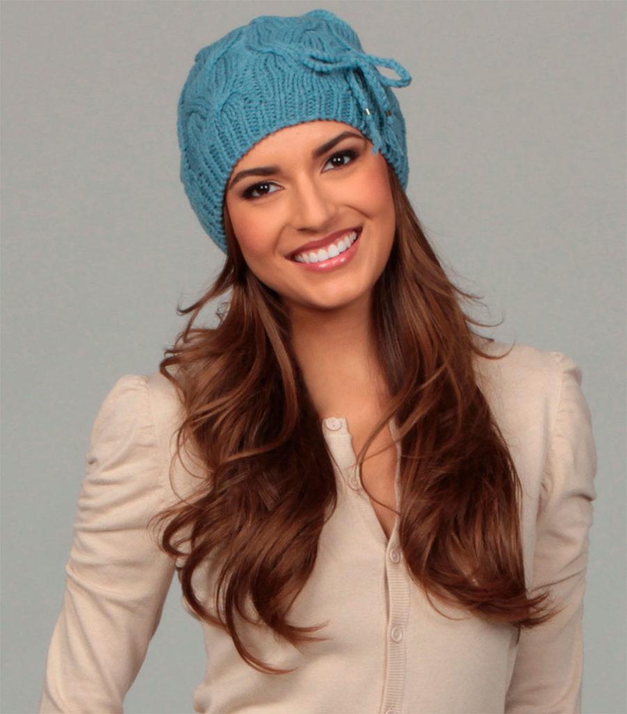 шапки и шарфы: бирюзовая с украшением