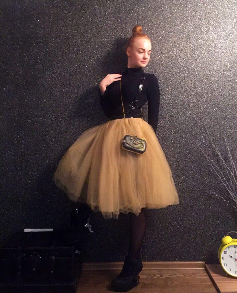 юбка пачка нарядная под черный гольф маленькую сумочку
