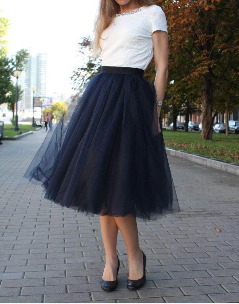 черная юбка пачка под белую футболку