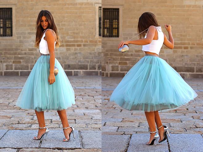 голубая юбка пачка под топ белый каблук шпилька