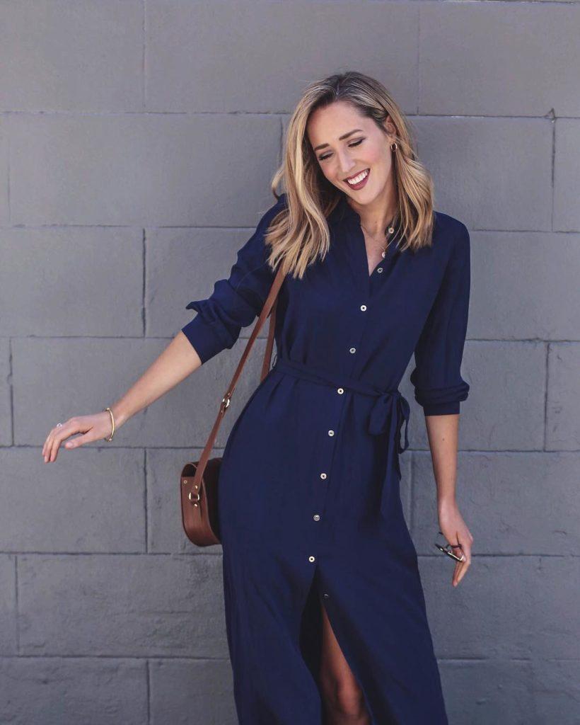синее платье-рубашка миди