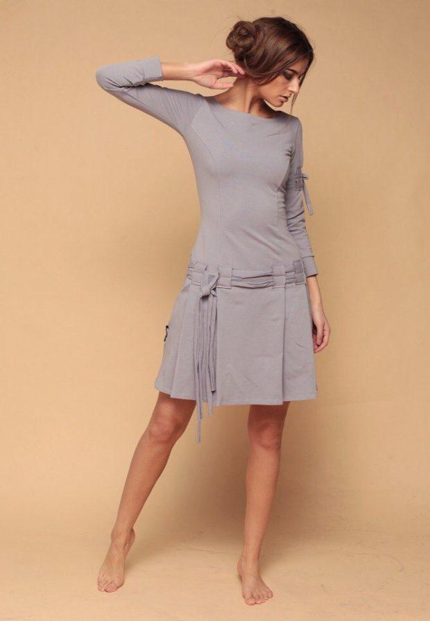 серое платье шнуровка на юбке