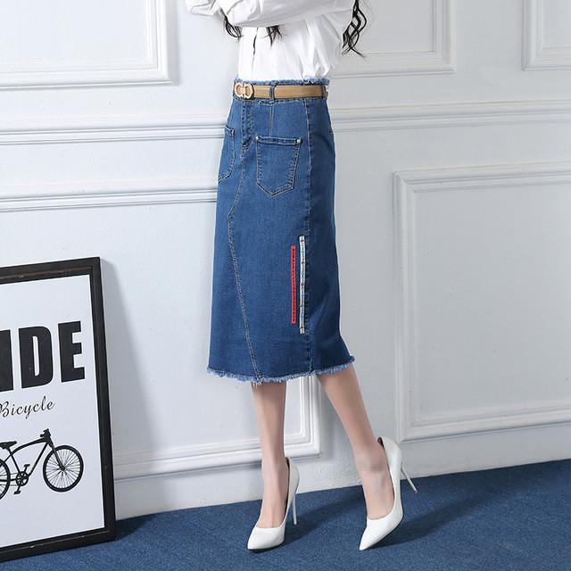 джинсовая юбка по колено под белую рубашку