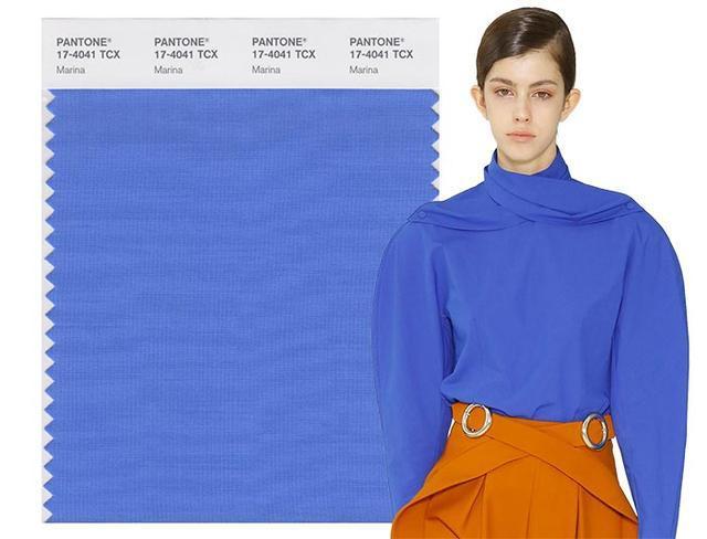 Модные цвета лето 2021: синий