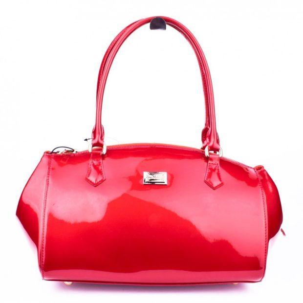 сумка красная лаковая