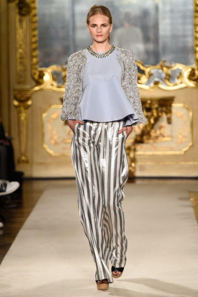 женские брюки весна лето 2019: широкие полосатые