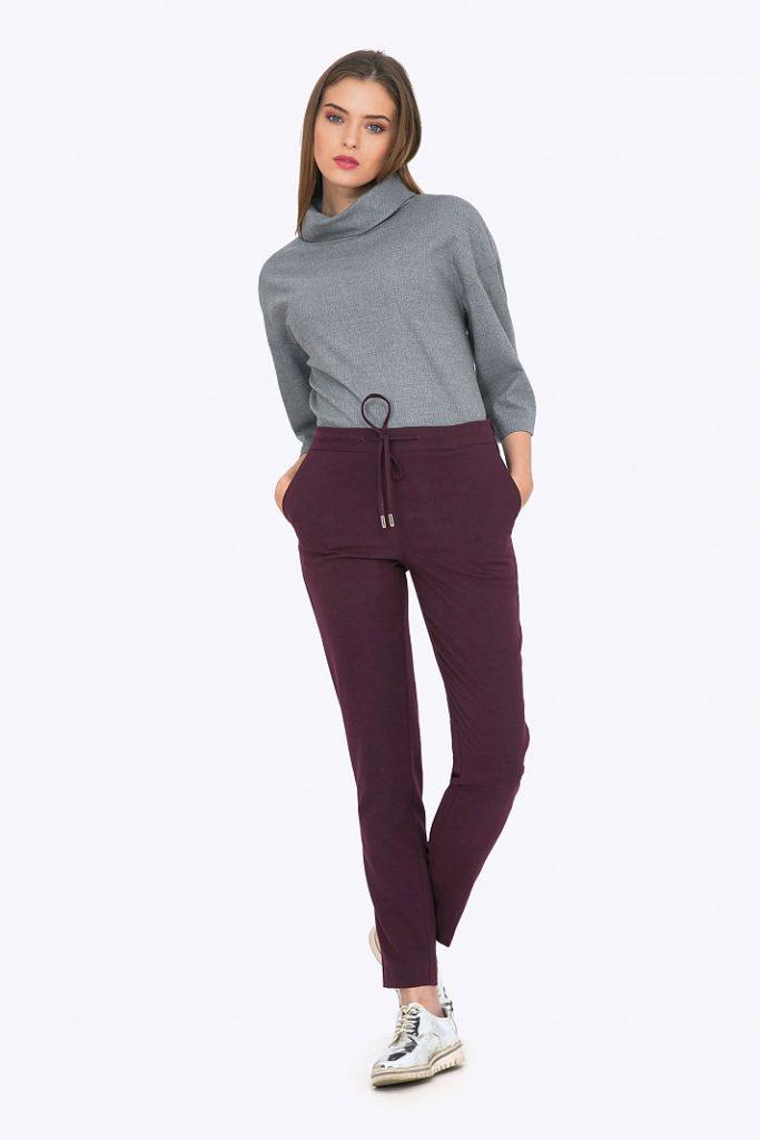 Зауженные брюки бордовые