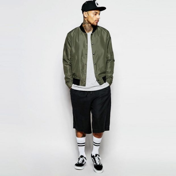 куртка бомбер темно-зеленая