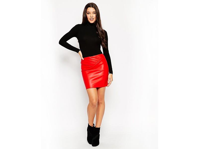 кожаная юбка красная короткая