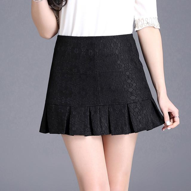 юбка-мини черная в складку