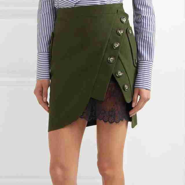 юбка-мини зеленая с пуговками и кружевом