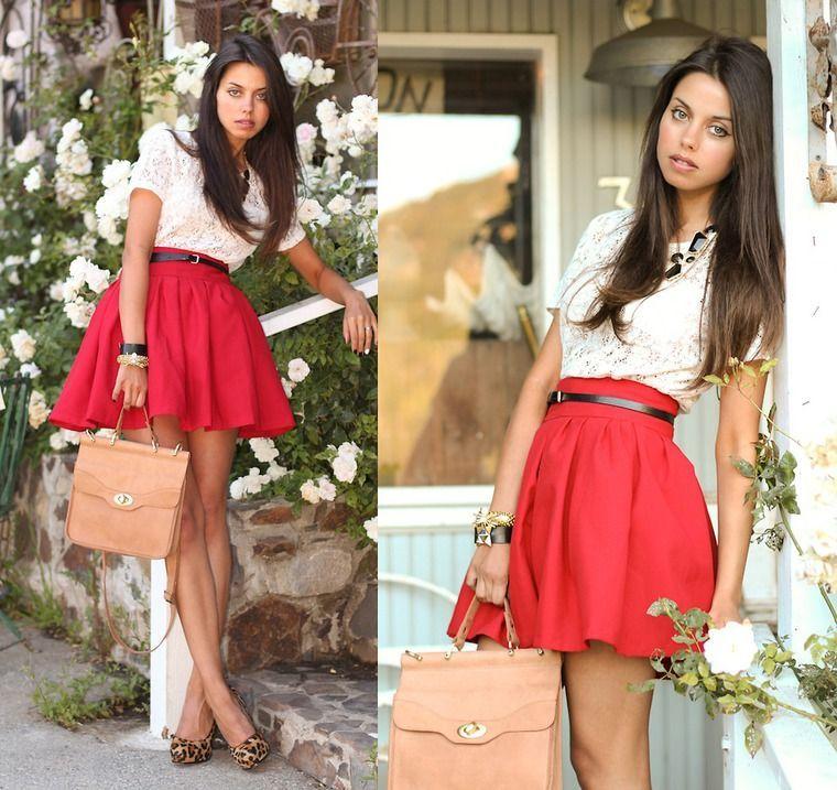 юбка-мини красная широкая