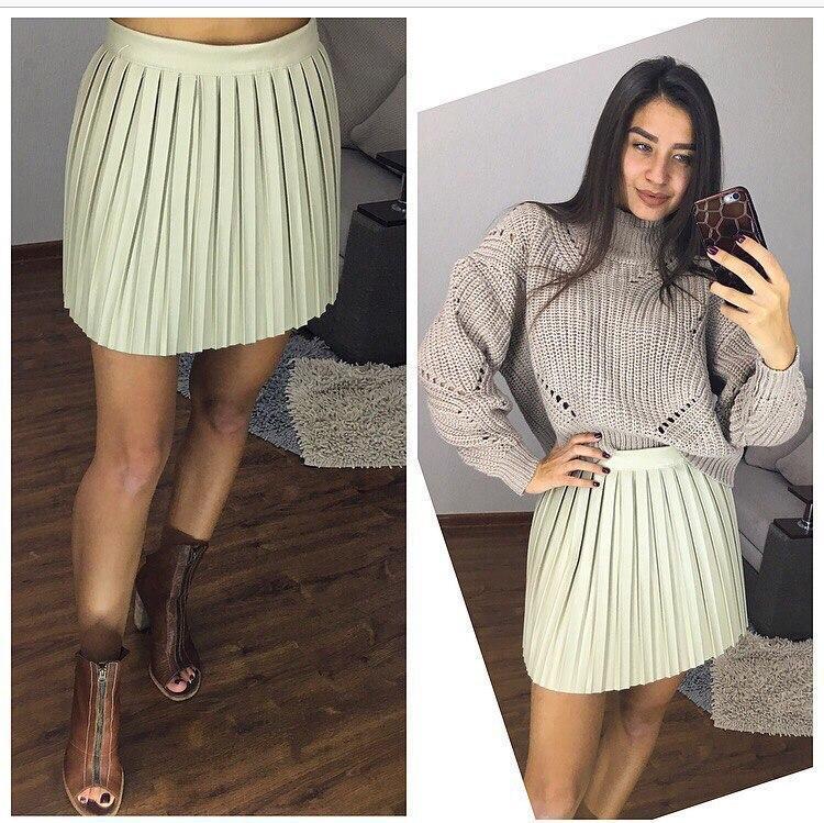 плиссированная юбка короткая белая