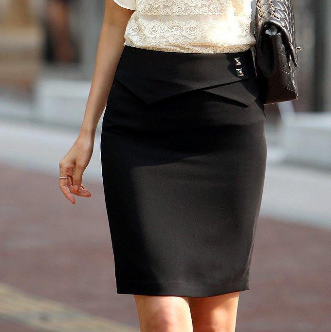 черная юбка по колено прямая