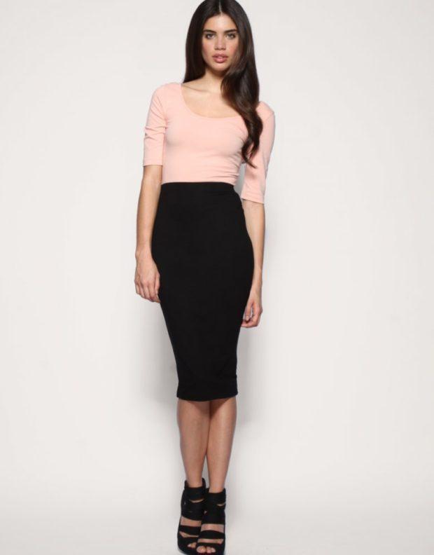 узкая юбка черная по колено