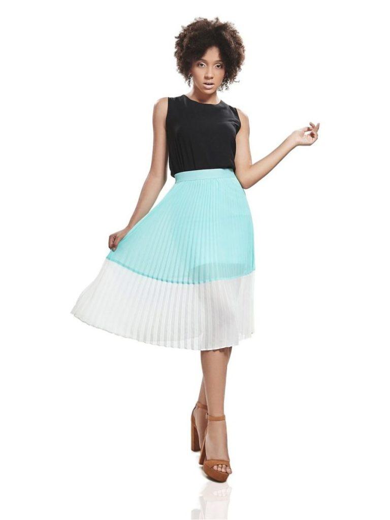 широкая юбка плиссированная голубая с белым
