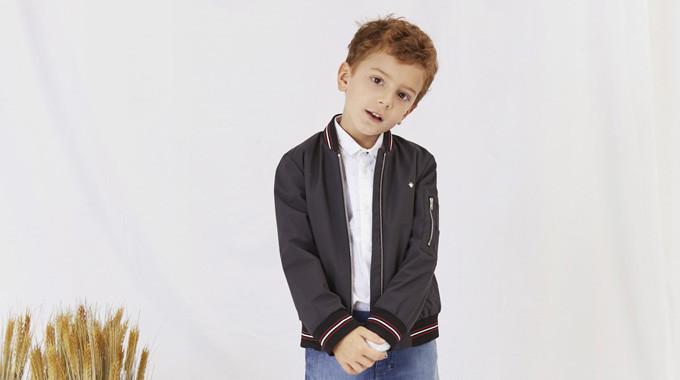 детская мода 2018 - куртка бомбер черная