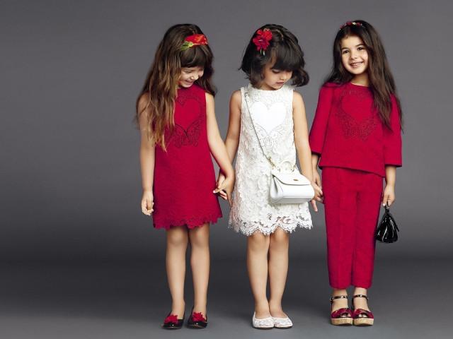 детская мода 2019-2020 - малиновое платье без рукава