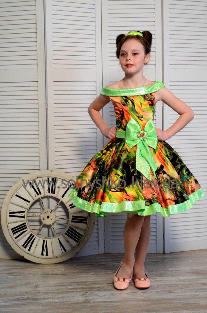 детская мода - яркое цветное платье для девочек