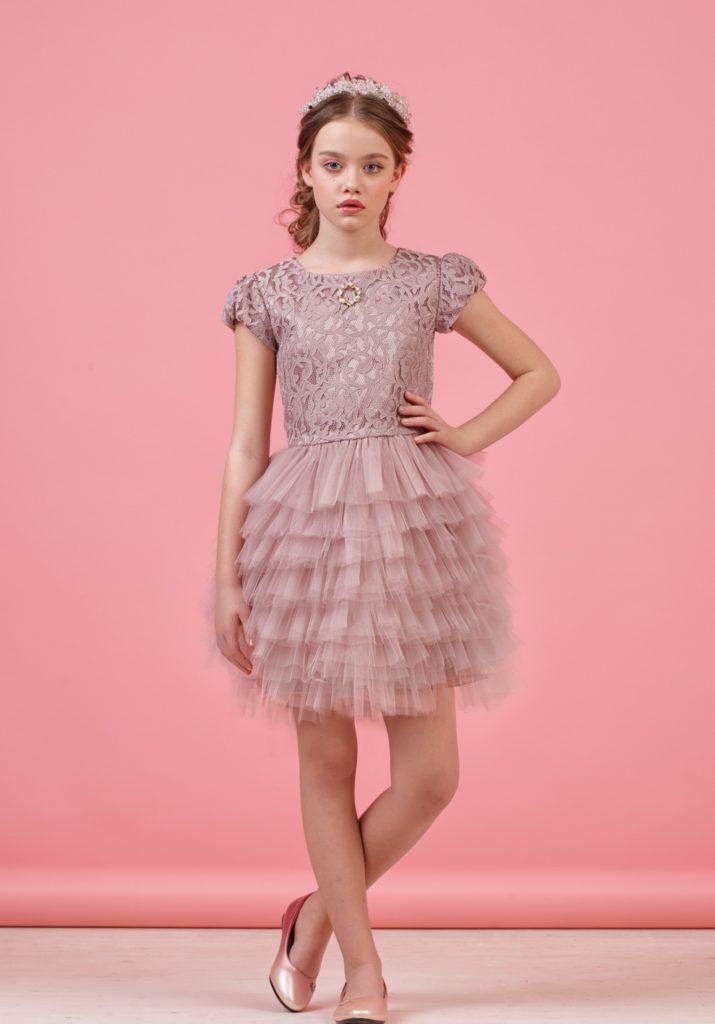 детская мода - кофейное платье с пышной юбкой для девочек