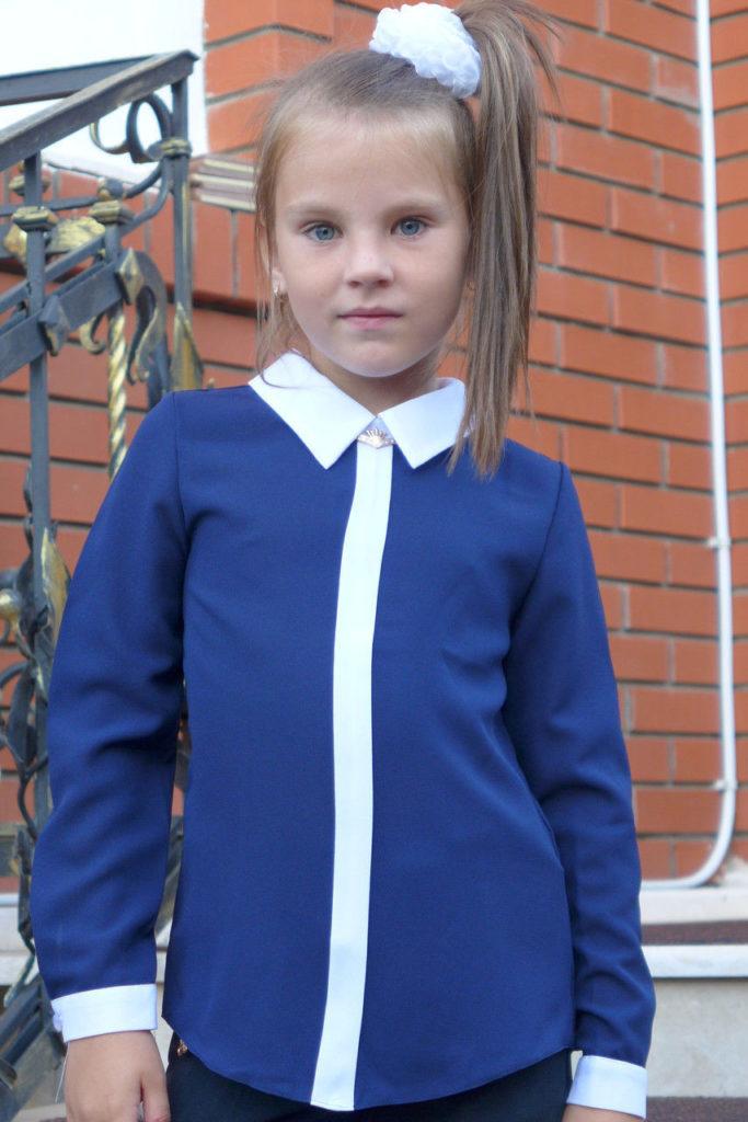 детская мода - синяя блузка с белыми манжетами для девочек
