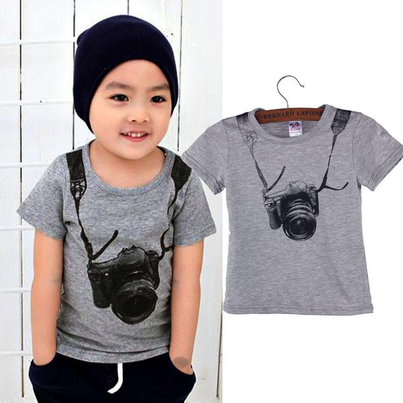 серая футболка с рисунком для мальчиков