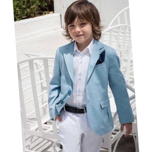 детская мода - костюм синий пиджак белые штаны для мальчиков