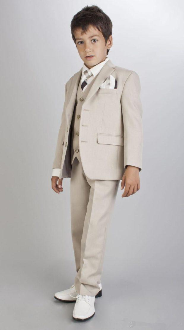 детская мода - белый костюм тройка для мальчиков