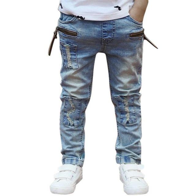 детская мода - джинсы синие потертые для мальчиков