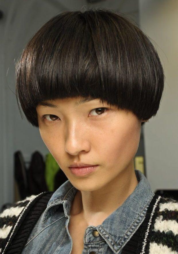 женская прическа: паж на короткие волосы классический вариант