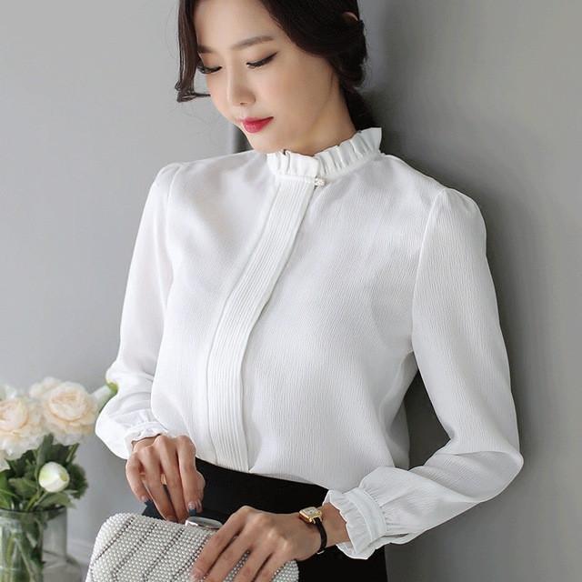 модная женская одежда - белая блузка воротник стойка